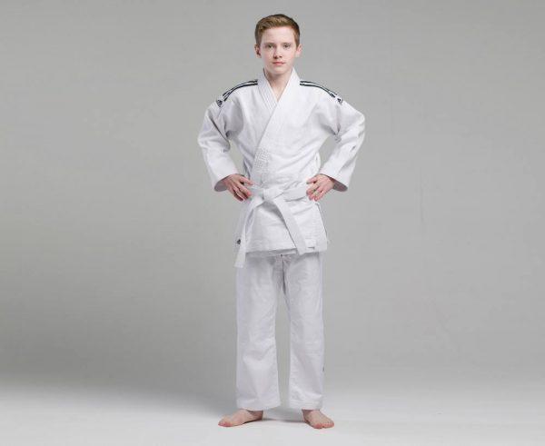 Кимоно для дзюдо Adidas Training белое, усилено в областях с высокой нагрузкой