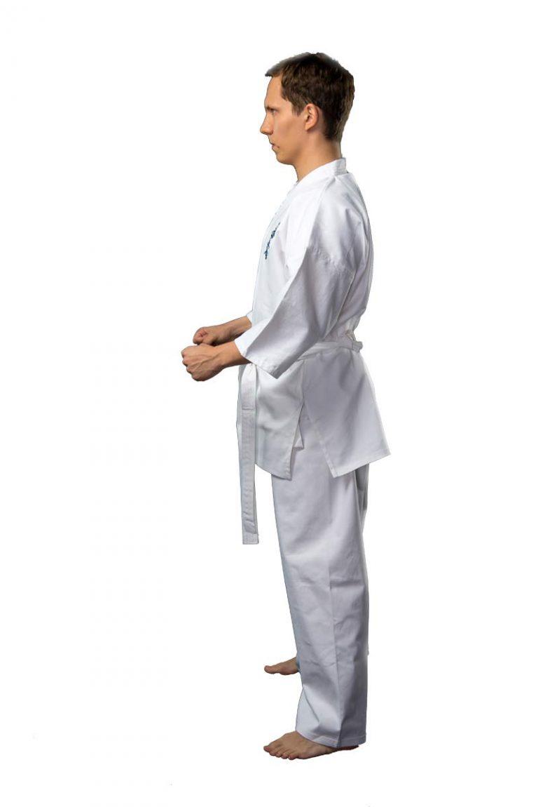 кимоно киокушинкай с вышивкой 1