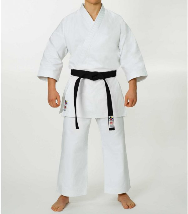 seishin_karate_uniform_full_body_front_1024x1024