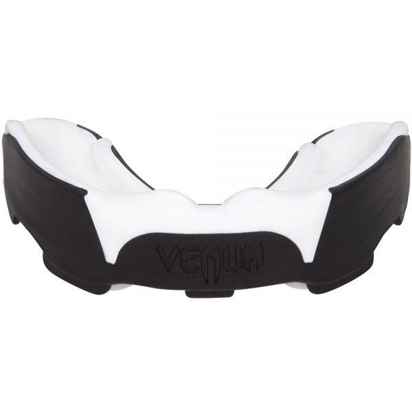 Капа боксерская Venum Predator Black/White