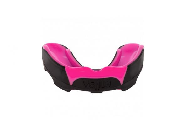 Капа боксерская Venum Predator Black/Pink