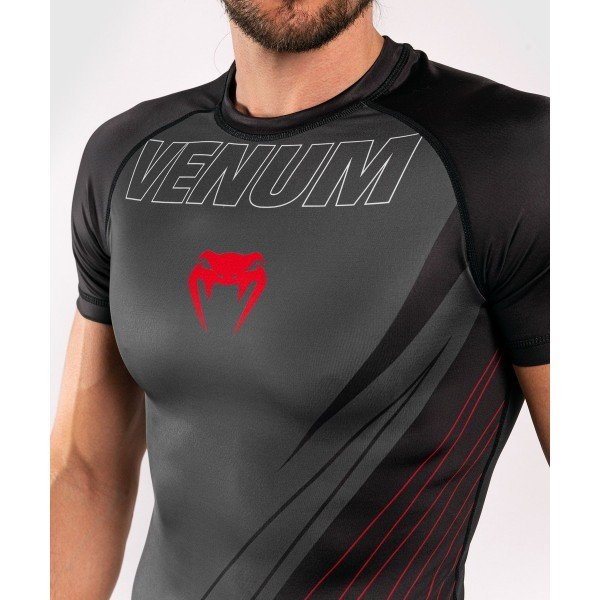 Рашгард Venum Contender 5.0 S/S Black/Red
