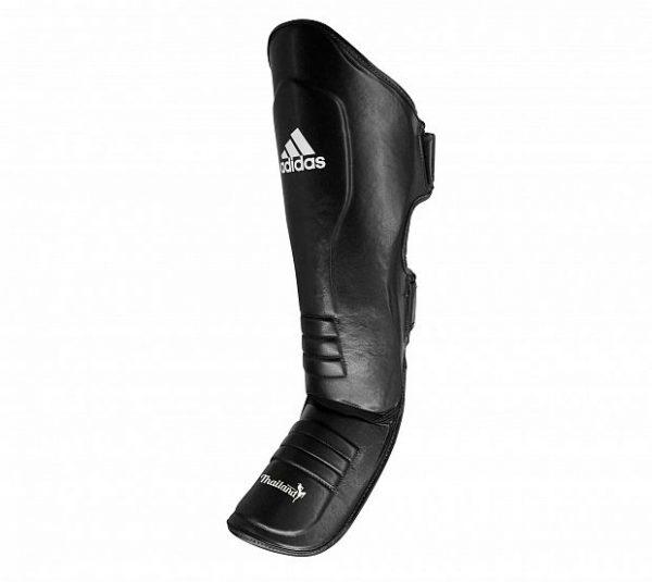 adiGSS011T Защита голени и стопы Muay Thai Shin Instep Leather Adidas черно-белая